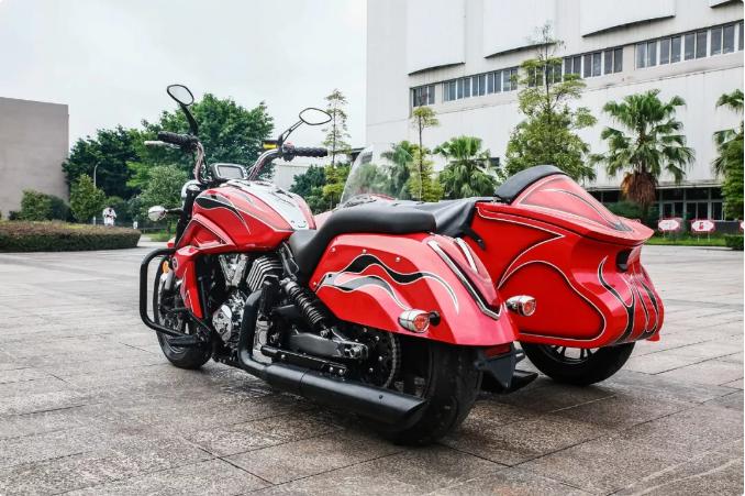 79000元,绝不八卦 I 据说,是目前国产最大排量的边三轮摩托车。